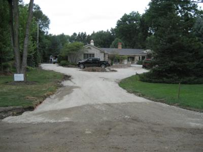 Landina where to get circular driveway design landscaping for Circular driveway layout