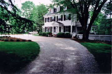 Gravel Driveway with Parking Pad